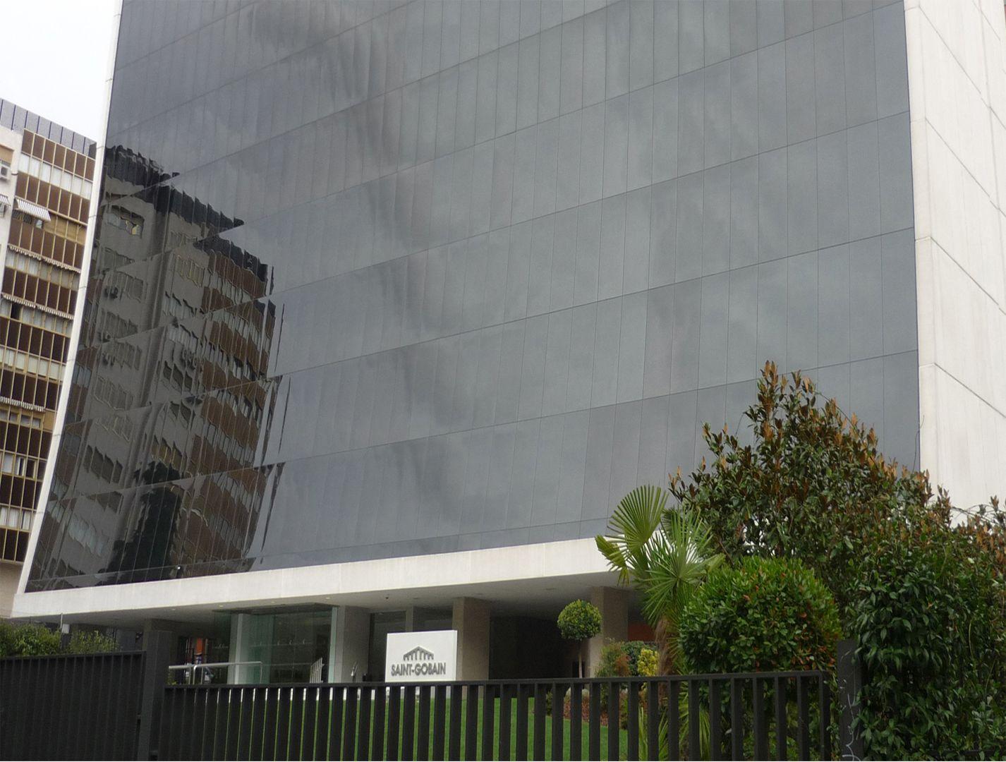 Sede social saint gobain fsl ingenieros - Aguirre newman arquitectura ...